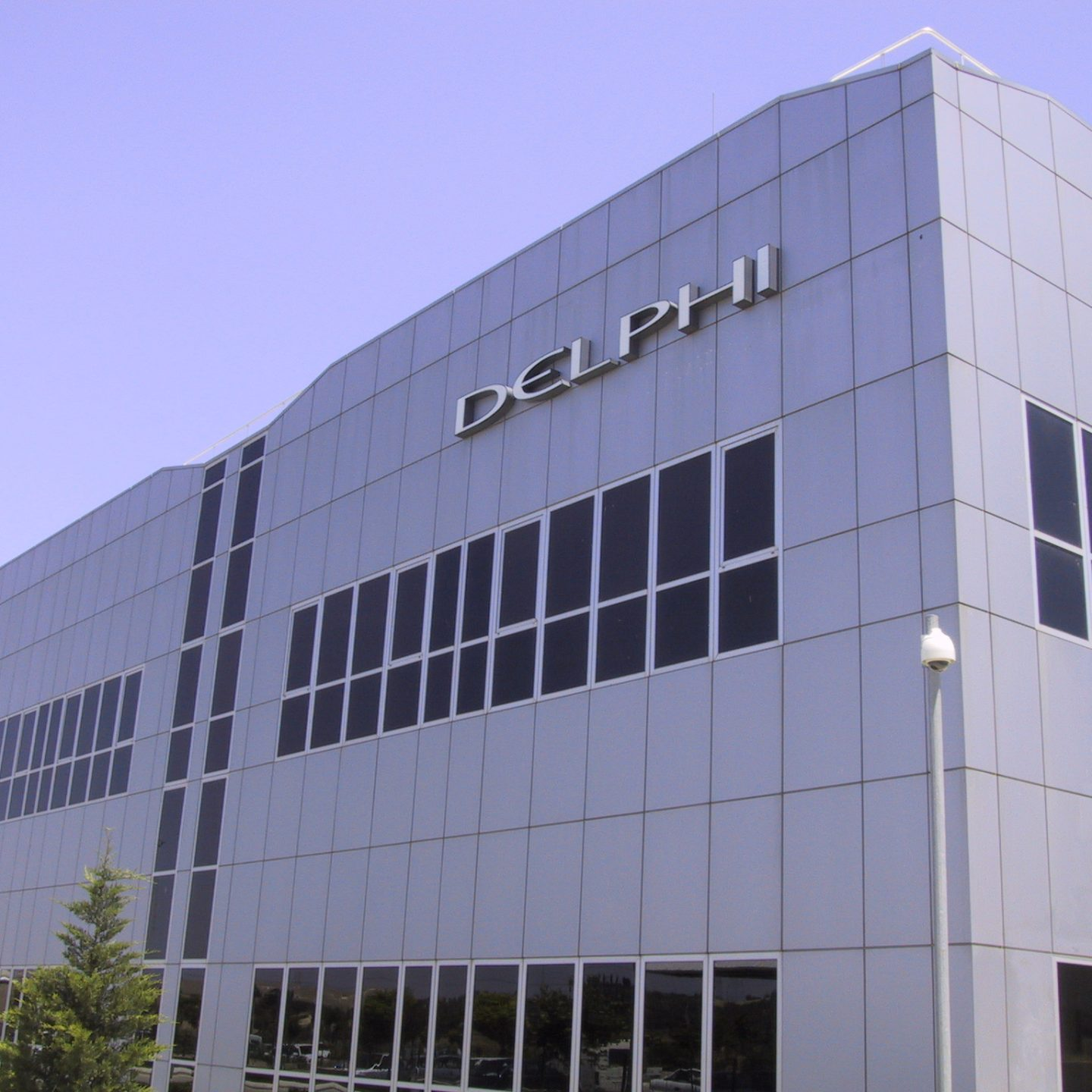 Delphi Ltd. Co. / New Office Building